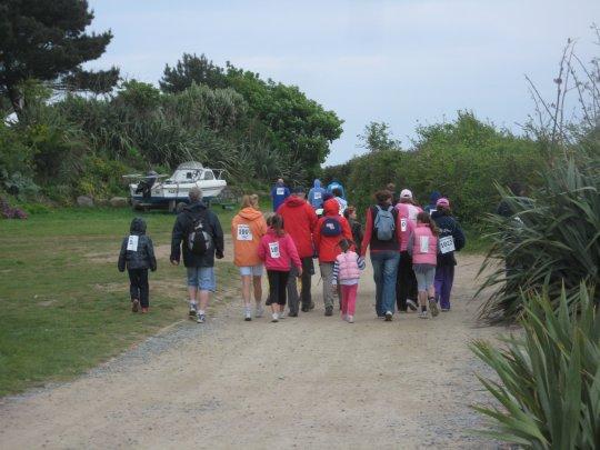 herm-world-aid-walk-2nd-may-2011-9